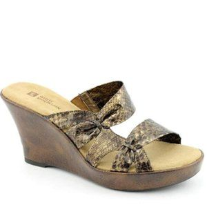 WHITE MOUNTAIN Women's Origami Sandal